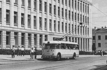 56 років тому у Вінниці почали курсувати тролейбуси. Історія та фото раритетного транспорту