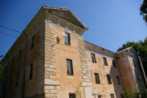 Палацевий комплекс в П'ятничанах