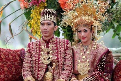 Весільні традиції світу
